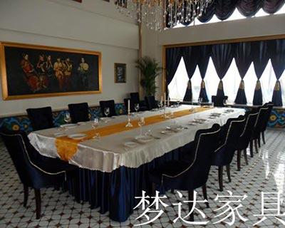 郑州向天果西餐厅桌椅装修效果图