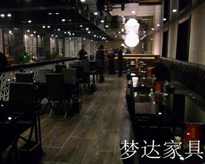 郑州火九火八烧烤快餐厅桌椅装修效果图