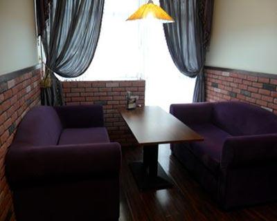 郑州辛巴布咖啡厅桌椅装修效果图