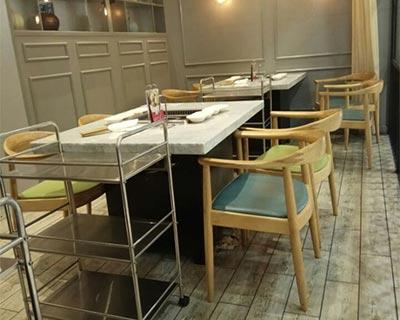 福满家三汁焖锅火锅桌椅装修效果图