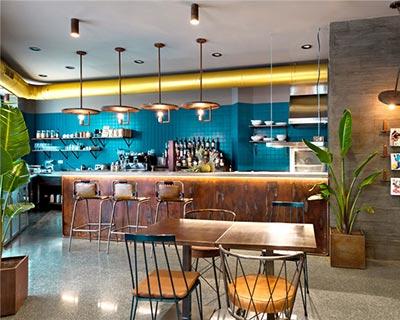 La Manera酒吧桌椅装修效果图