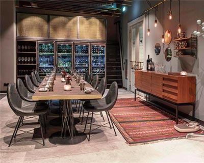 Skykitchen酒吧桌椅装修效果图