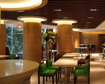 松岗LONFEN西餐厅桌椅装修效果图