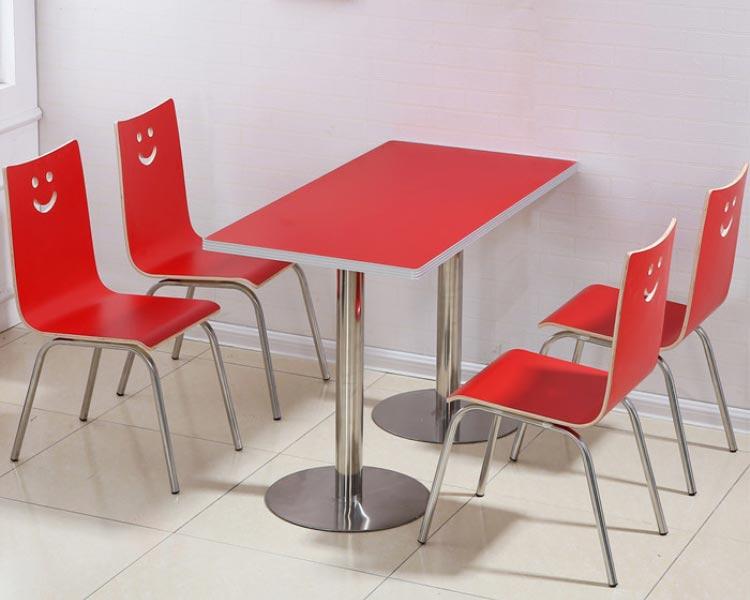 深红色肯德基快餐桌椅装修效果图