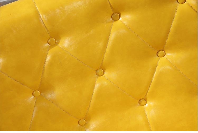 火锅餐厅卡座选用高档皮艺设计