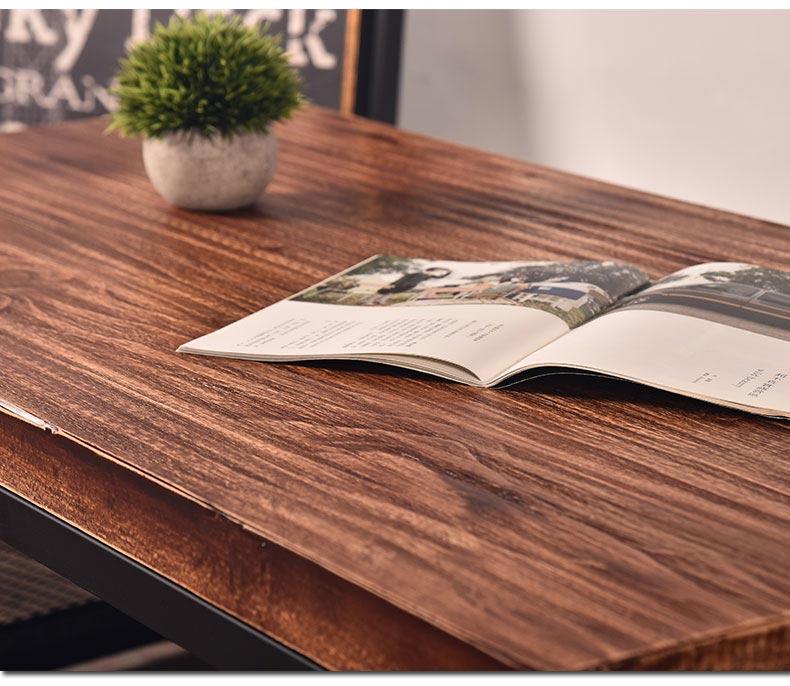 酒吧休闲沙发采用纯实木材质制作