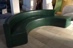 <b>半圆卡座沙发有什么特点?常规尺寸多少?</b>