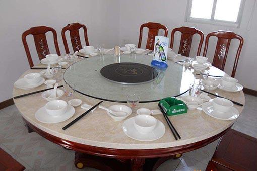 大理石火锅桌图片