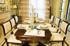 西餐厅餐桌面与桌架的搭配方式?