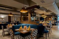 批发西餐厅桌椅需要考虑哪些因素?