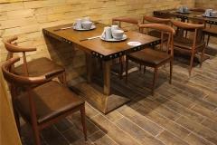 你家餐厅的餐桌椅能活多久?