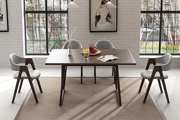 实木西餐厅桌子