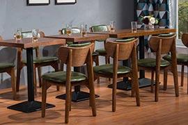 家用西餐厅的桌椅