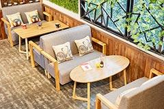 餐厅卡座桌椅组合